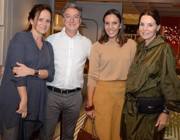 Patricia Quentel, Salomão Crosman, Babi Teixeira e Patricia Mayer