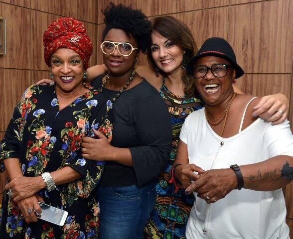 Elisa Lucinda, Ellen Oléria, Renata Celidônio e Sandra de Sá