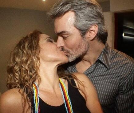 """""""CANIBÁLIA"""" — DANIELA MERCURY E MARCO SCABIA NOS BASTIDORES /Foto: Fred Pontes"""