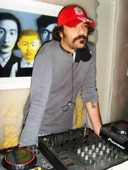 """""""FESTA FILME FASHION"""" — O CINEASTA MAURO LIMA: O DJ CONVIDADO DA NOITE /Foto: Chris Prado"""