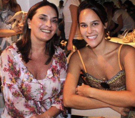 """""""SCHUTZ""""— ANA FERRAIO E LUCIANA FERRAZ /Foto: Fred Pontes"""