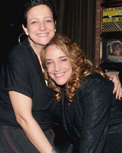 """""""SHOW DE LUIZA POSSI"""" — BETH LAGO E ANA CAROLINA: FOTO FOFA! /Foto: Vera Donato"""