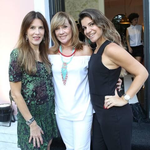 Claudia Souza Santo, Eva Taquechel e Tati Bonaparte