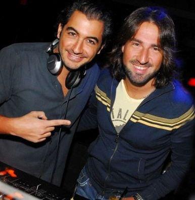 """""""FESTA NA DISCO"""" — OS DJS MICHEL SAAD E MARINHO FISCHETTI /Foto: Nelson Peixoto"""
