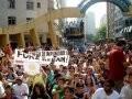 """""""PROTESTO RENAN"""" — TODOS OS MANIFESTANTES SENTARAM E CANTARAM O HINO NACIONAL"""