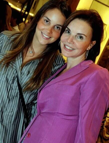 """""""ADDRESSES RIO 2008"""" — ALEXIA E SUA MÃE, PATRICIA MAYER /Foto: Cristina Granato"""