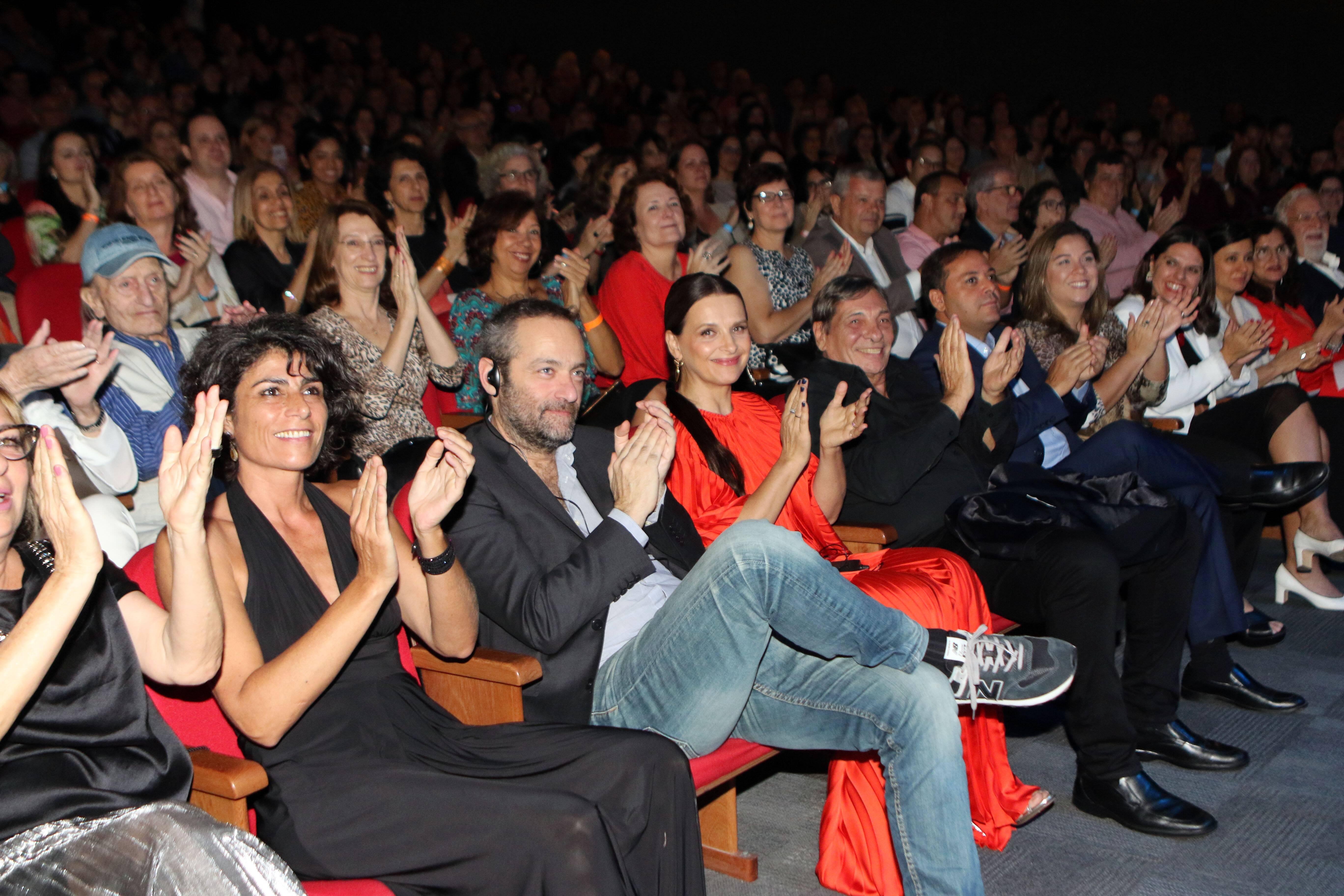 Juliette Binoche na plateia  /Foto: Eny Miranda