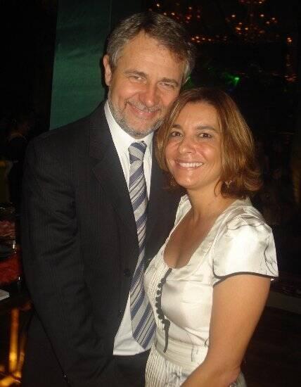 """""""ISABELLA E CRISTIANO"""" — RENATA SALGADO E CARLOS HENRIQUE SCHRODER"""