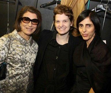 """""""MARIA BONITA"""" — COSTANZA PASCOLATO, DANIELLE JANSEN E LILIAN PACCE /Foto: Patrícia Caggegi"""