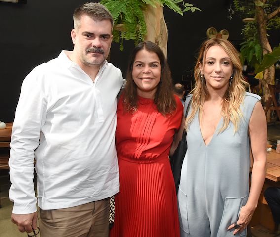 Cristian Resende, Daniela Falcão e Camila Garcia