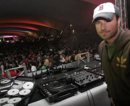 """RIO HOUSE MUSIC"" — DJ BUGA: PISTA CHEIA /Foto: Fred Pontes"