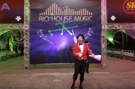 """""""RIO HOUSE MUSIC"""" — A ENTRADA DA FESTA /Foto: Fred Pontes"""
