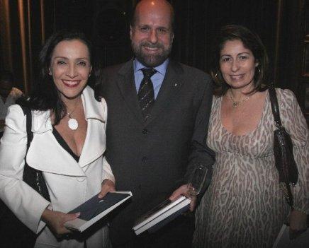 """SOMOS TODOS IGUAIS"" — LILIANE RODRIGUES, LUIZ FELIPE FRANCISCO E CRISTINA LIPS /Foto: Fred Pontes"
