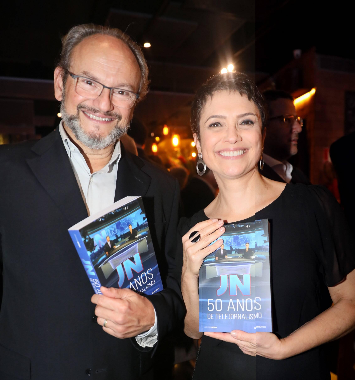 Sandra Annenberg e Ernesto Paglia  /Foto: TV Globo /João Cotta e João Miguel Jr.