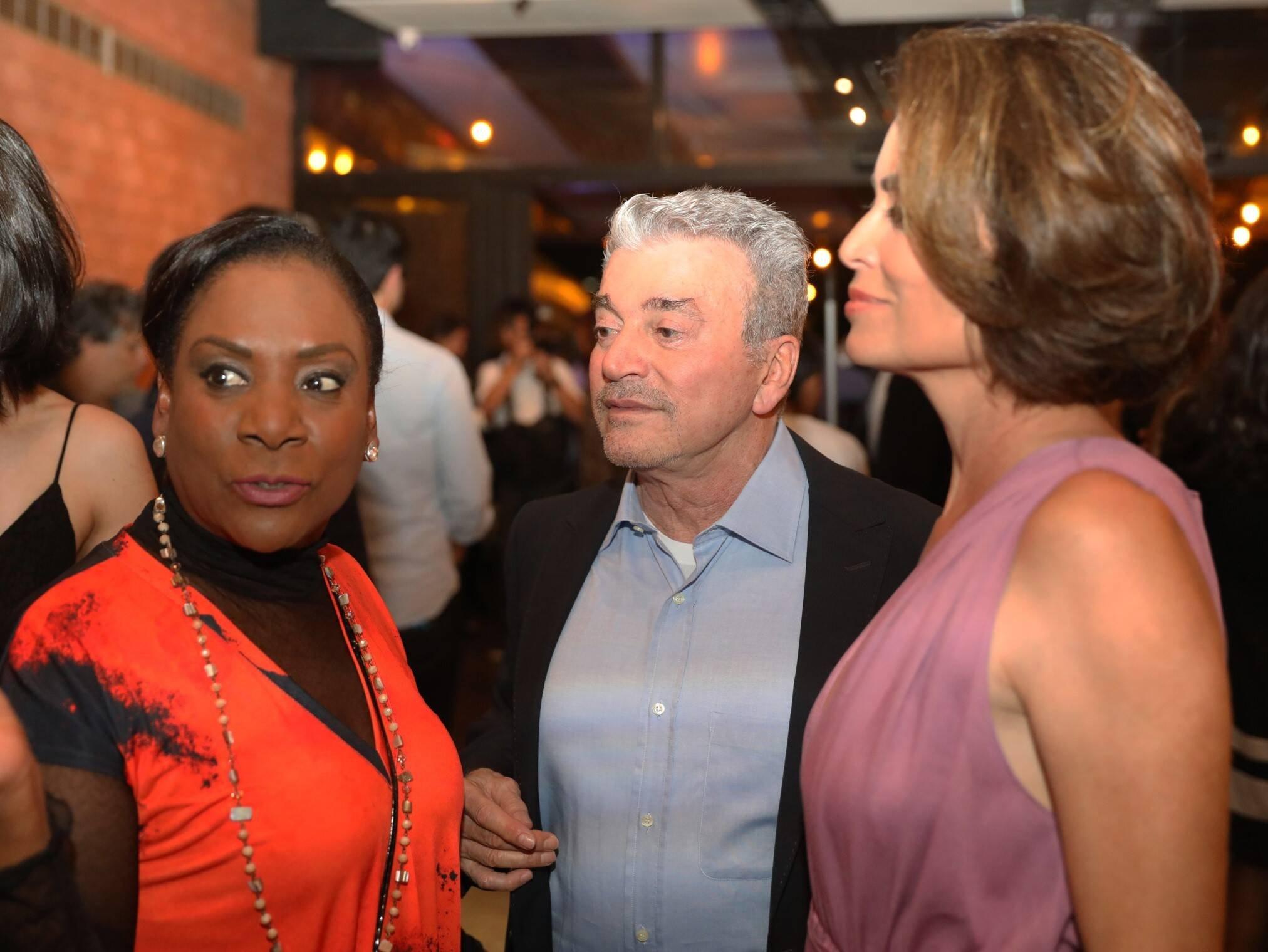 Dulcineia Novaes, Edney Silvestre e Giuliana Morrone  /Foto: TV Globo /João Cotta e João Miguel Jr.