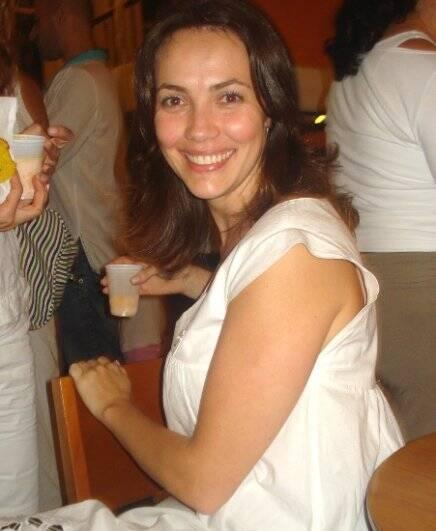 """NIRVANA"" — LISA MACKEY, DIRETORA DA ACADEMIA DE IOGA"
