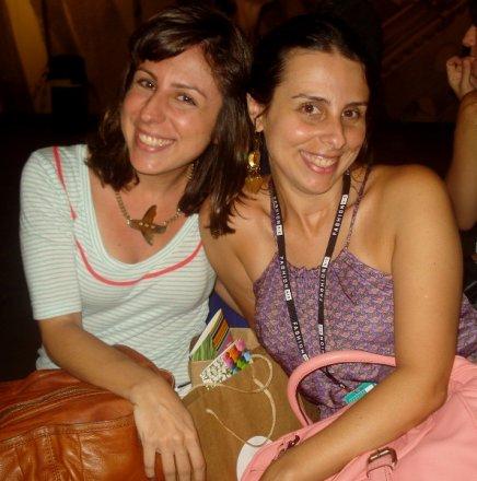 """FASHION RIO: SEGUNDO DIA"" — AS IRMÃS FABIANA E HELEN POMPOSELLI /Foto: Suzana Galdeano"