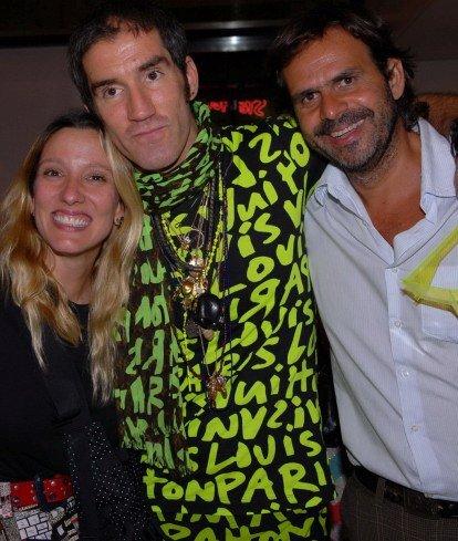 """COQUETEL NA LOUIS VUITTON"" — ISABELA CAPETO, FELIPE VELOSO E ALBERTO RENAULT /Foto: Paulo Jabur"