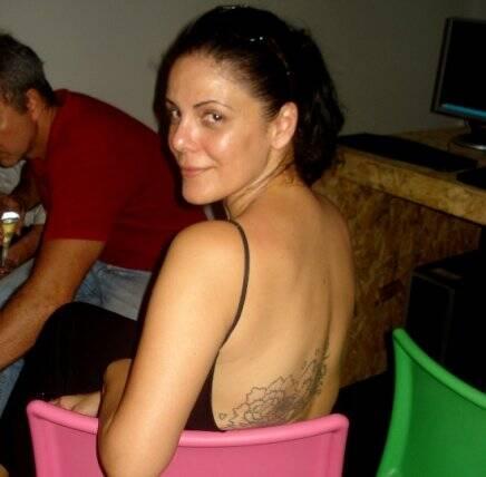 """""""O QUE ELAS DIZEM SOBRE BOTOX"""" —""""Eu amo Botox, só espero que daqui a 10 anos não arruine a minha cara""""— Marcella Virzi (estilista)."""