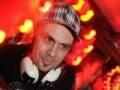 """""""I LOVE POP"""" — O TATUADOR DANIEL TUCCI TAMBÉM FOI UM DOS DJS CONVIDADOS DA NOITE"""