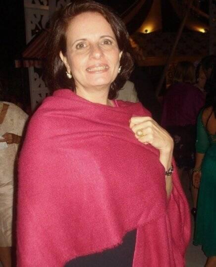 """""""CASAMENTO PRISCILA E JOÃO PAULO"""" — SILVINHA FREIRE DE CARVALHO: DE FAMÍLIA BAIANA, COMO A NOIVA"""