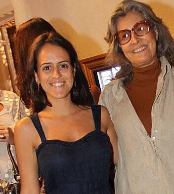 """ADRIANA BARRA"" — PAULA BEZERRA DE MELO E GISELA AMARAL"