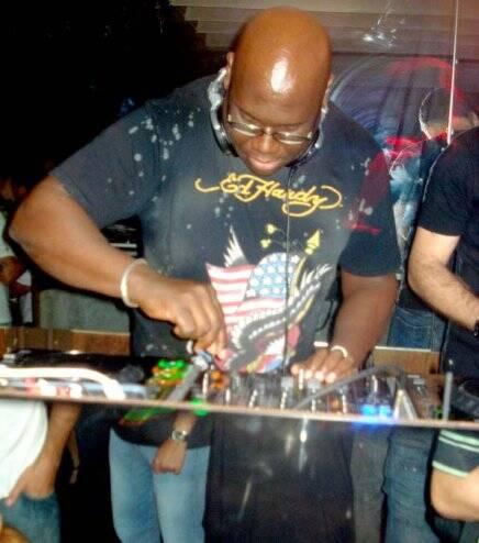 """DJ CARL COX NO 69"" — CARL COX: O PREFERIDO DA GALERA"