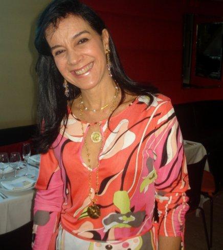 """""""DIAMANTES DO BEM"""" — MONICA CLARK"""