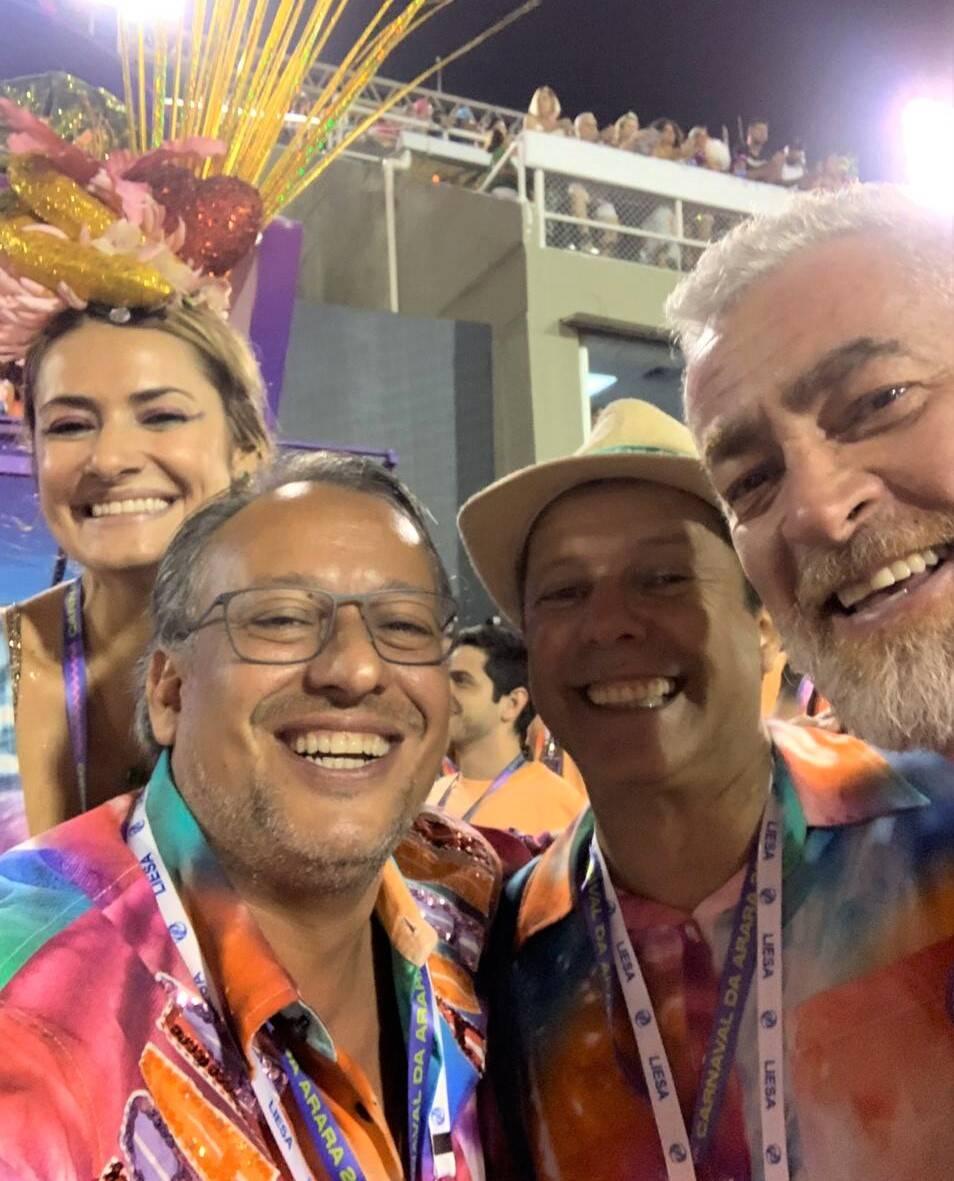 Priscila Borgonovi, Antonio Pedro Figueira de Mello, Vik Muniz e Alex Atala /Foto: Reprodução