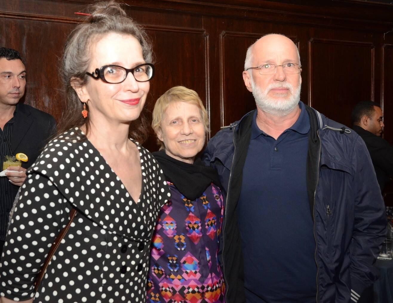 Os artistas plásticos Ana Miguel, Brigida Baltar e Renato Bezerra de Mello /Foto: Marco Rodrigues