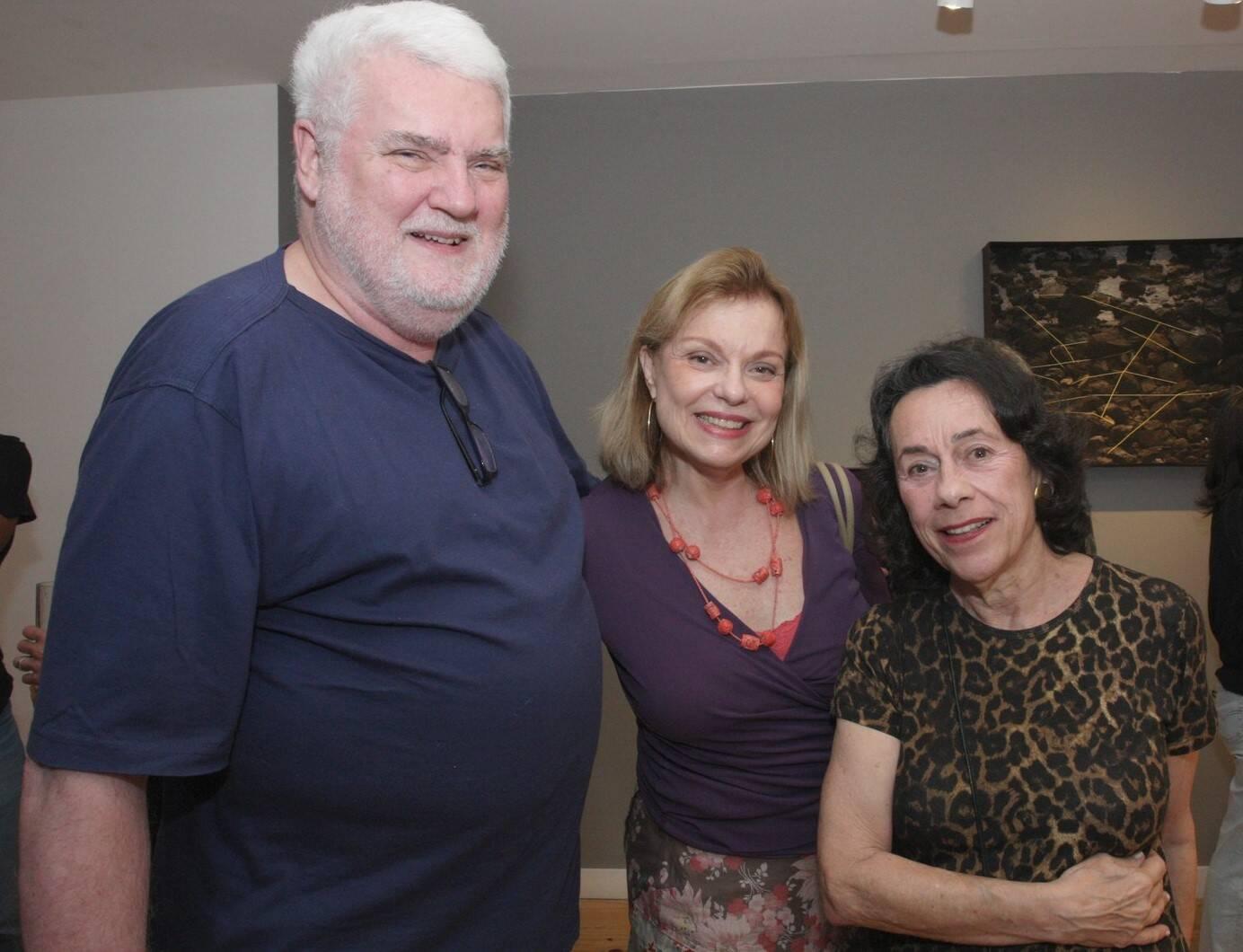 John Nicholson, Noemia Buarque de Holanda e Laura Burnier  /Foto: Vera Donato