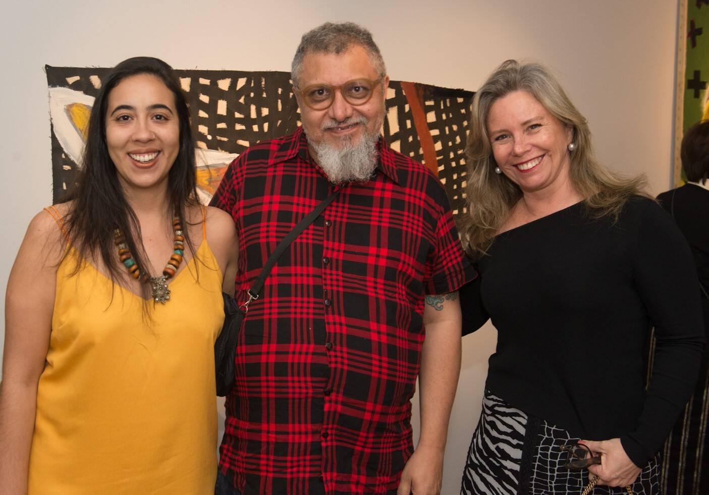 01 Bruna Araújo, Efrain Almeida e Bia Perlingeiro
