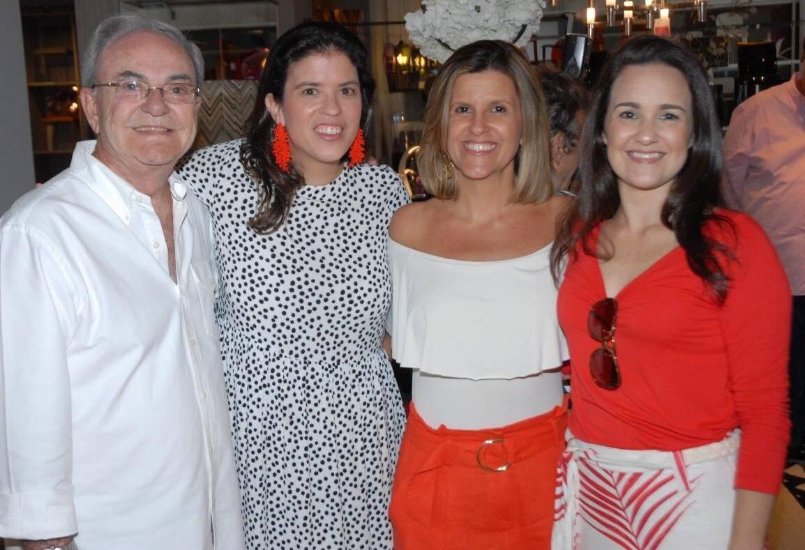 Geraldo Lamego, Fernanda Quentel, Barbara Machado e Li Lamego  /Foto: Marco Rodrigues