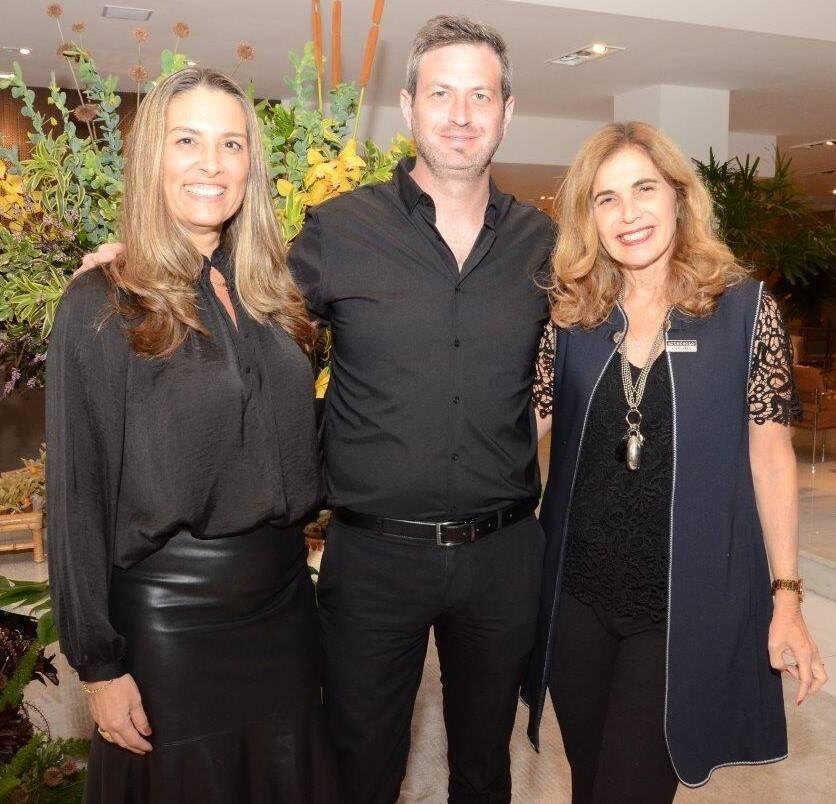 Aline Otero, Lionel Pinos e Carlota Notini  /Foto: Marco Rodrigues