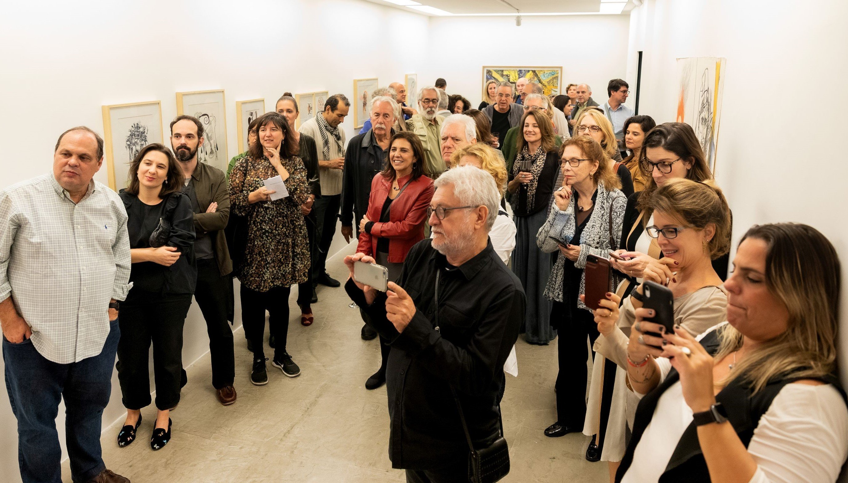 Todos atentos à performance de Cabelo /Foto: Alan Miguel Gonçalves
