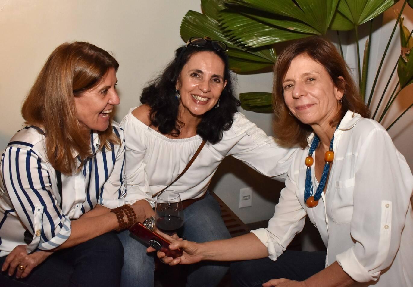 Ina Ramalho, Fernanda Lannes e Silvia Freire  /Foto: Cristina Lacerda