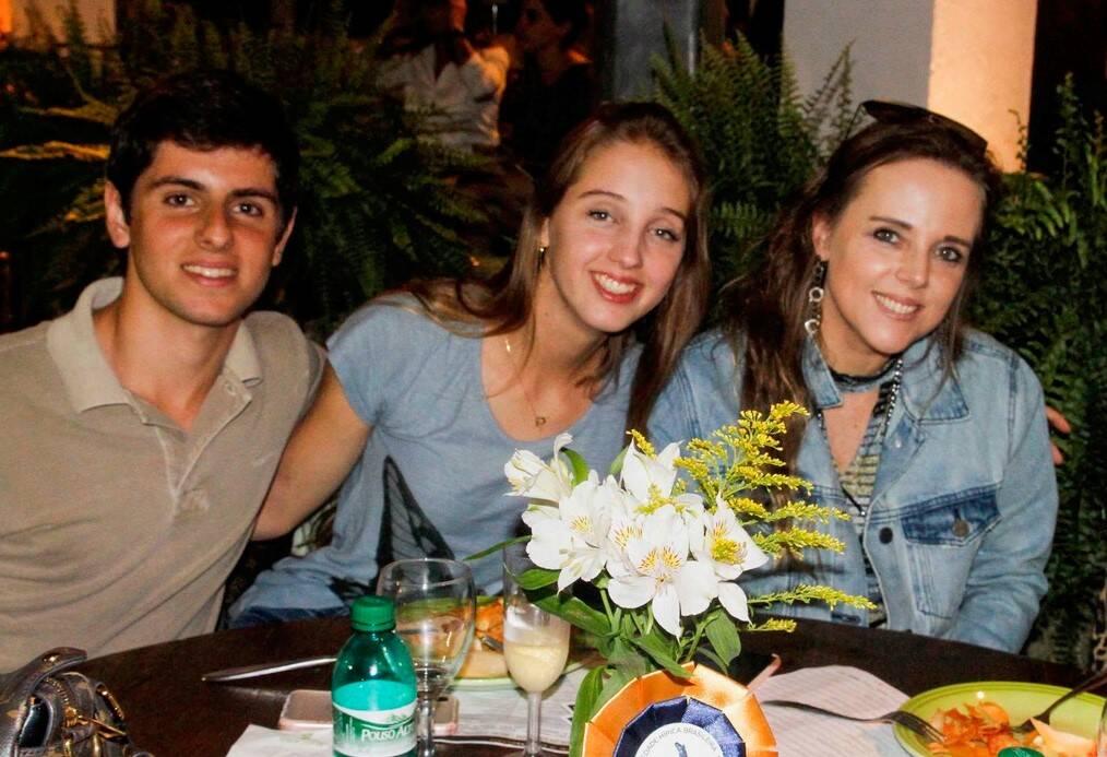 Pedro Backheuser, Nanda e Claiudia Hartmann /Foto: Emerson Emerim