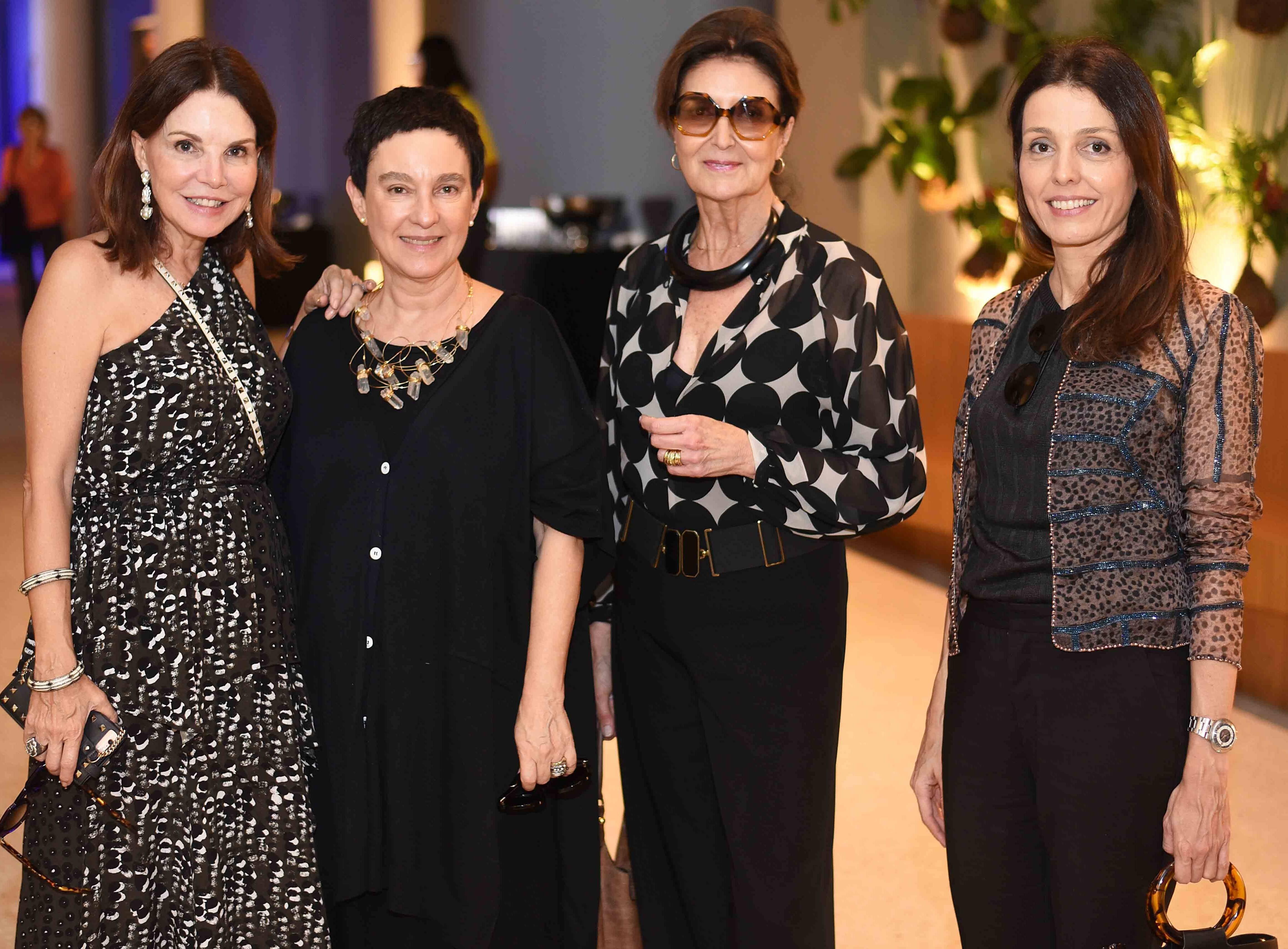 Patricia Mayer, Livia Pedreira, Cris Ferraz e Cris Bava /Foto: Ari Kaye