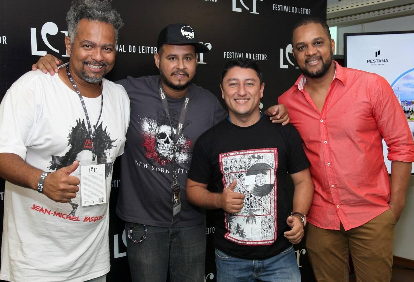 Os escritores Binho, Jesse Andarilho, Wagner Amaro e  Francisco Jorge  /Foto: Vera Donato