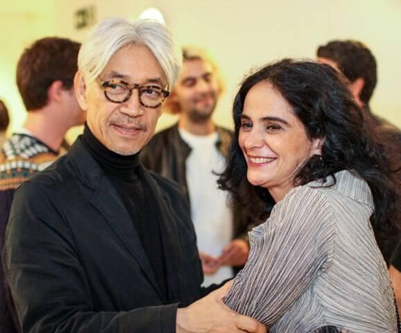 Ryuichi Sakamoto e Mariana de Moraes