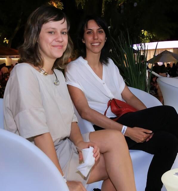 Livia Breves e Aline Leal