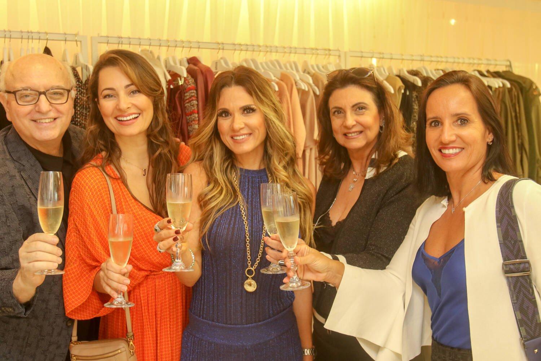 Alberto Sabino, Jorgeana , Adriana Alves, Denise Grassi e Valeria Peixoto / Foto: Eny Miranda