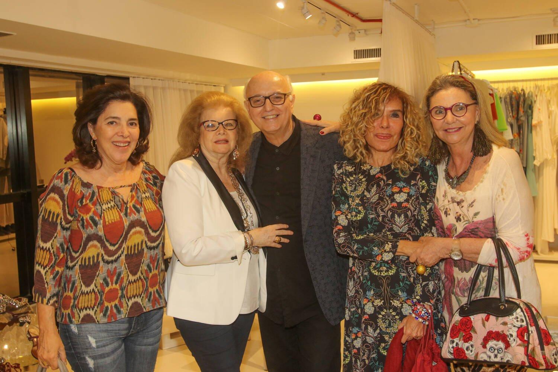 Gracinda Garcez, Cecilia Mello Flores, Alberto Sabino, Gilsse Campos e Cristiane Medeiros / Foto: Eny Miranda