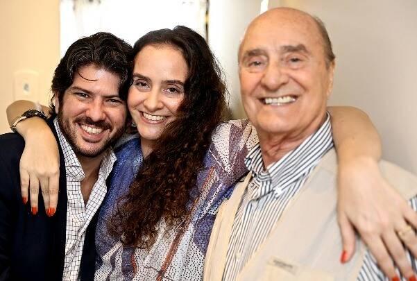 Fabio Alvarez Prado com Alessa e Alfredo Migani