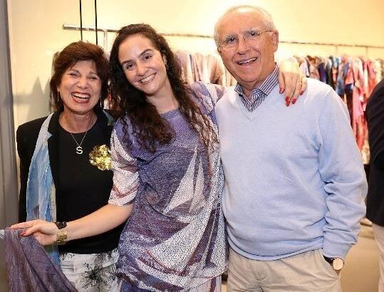 Alessa Migani entre Silvia e Antenor Barros Leal