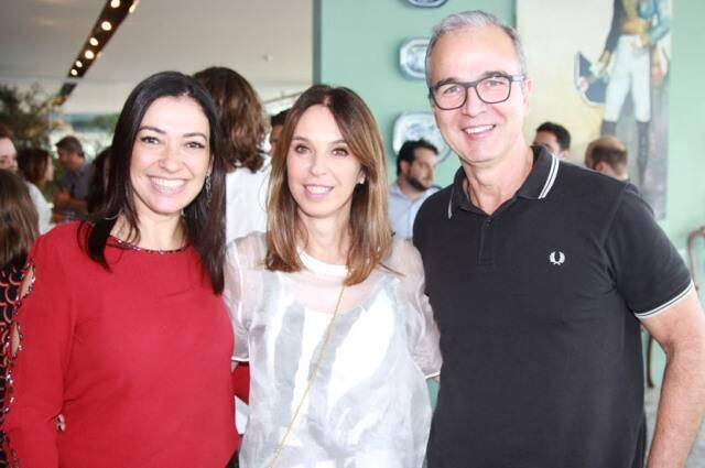 Cristina Cortes, Esther Schattan e Jorge Delmas