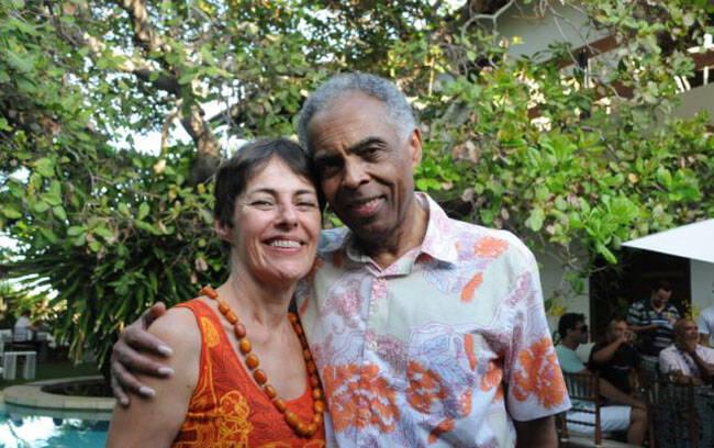 Ana Buarque de Hollanda e Gilberto Gil, a atual ministra da cultura com o ex, que recebeu para almoço do Expresso 2222