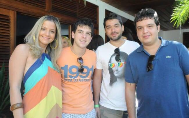 Rebeca ThomazPedro Campo, Renato Thomaz e Marco Abreu