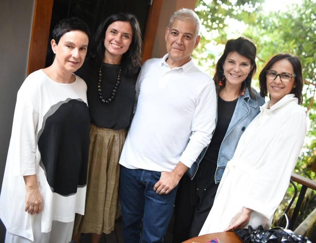 Livia Pedreira, Regina Galvão, Mauricio Nóbrega, Paula Neder e Gisele Taranto /Foto: Ari Kaye