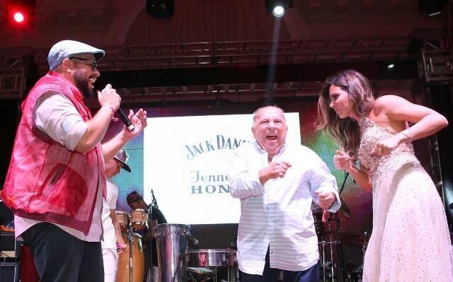 Tiago Abravanel, Castrinho e Carol Sampaio